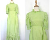 Vintage Green Wedding Dre...