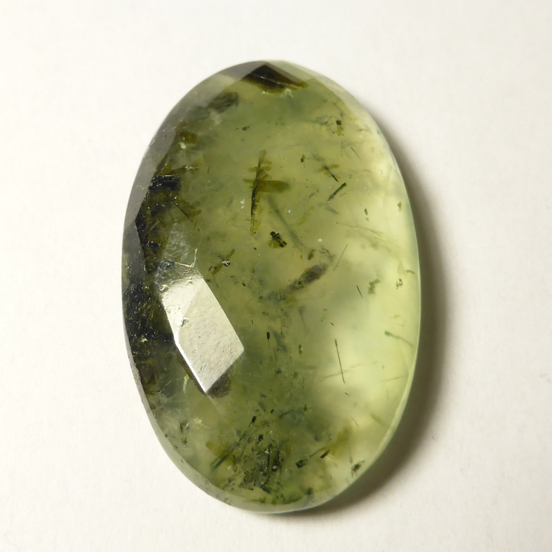 ED67 37 x 23 x 8mm Cabochon Prehnite Faceted Oval Pendant jewelery supplies