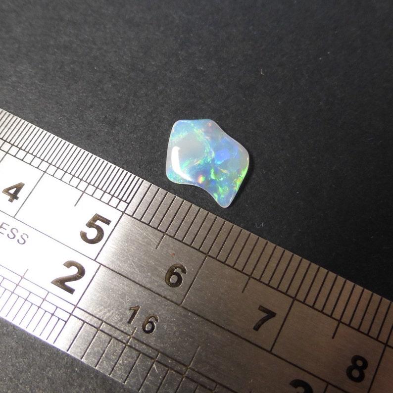 Natural Australian Opal 0.72ct 11 x 9.4 x 1.1mm Video Designer Cabochon Gemstone Supplies WB11 Solid Ridge Opal