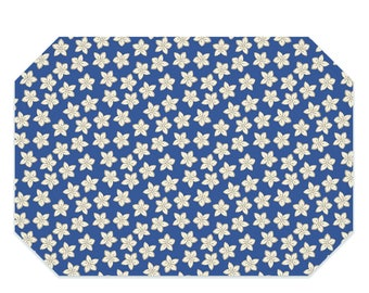 Blue floral placemat, cream flowers on blue placemat, washable polyester placemats, fabric placemat, table linens