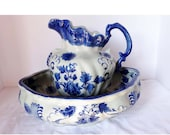 Flow Blue Reproduction Ewer Water Pitcher Wash Basin Home and Garden Kitchen and Dining Tableware Serveware Serving Pitchers and Carafes