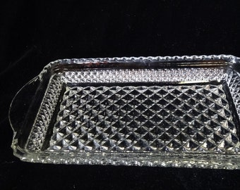 Clear Pressed Glass Rectangle Relish Dish or Tray Home and Garden Kitchen and Dining Serveware Tableware Trays