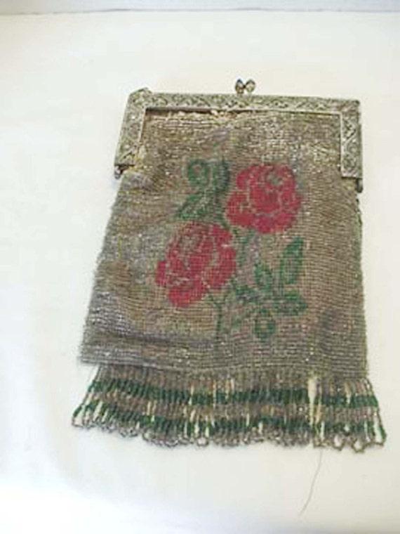 1920s Flapper beaded Handbag with Roses Apparel an