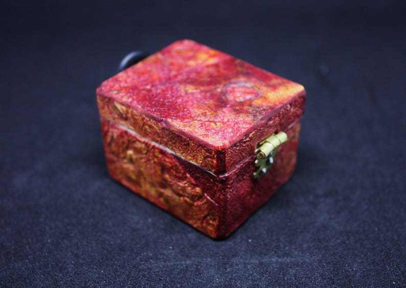 Fruit boxes Vegan leather rectangular ring box Jewellery case fiss paper Propose ring box, Pomegranate Dried Fruit Red box