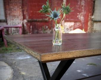 Reclaimed Oak Wood X-Rod Dining Table