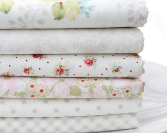 Amberley by Brenda Riddle for Moda ~ Linen White 6 Fat Quarter Bundle
