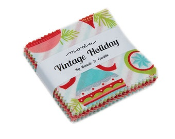 """Vintage Holiday by Bonnie & Camille for Moda Mini Charm Pack 2.5"""" Squares"""