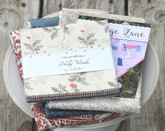"""Cottage Lane Quilt Kit ~ Holly Woods by 3 Sisters ~ Red Paisley Backing Included ~ 20"""" x 37"""""""
