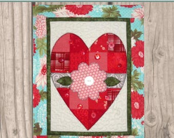 HNH21 Holiday in Patches - Valentine PDF Pattern