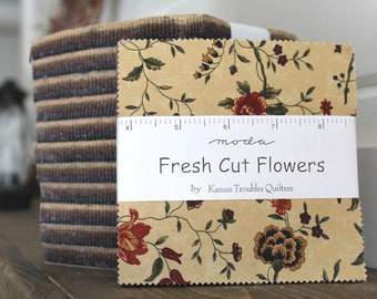 """Fresh Cut Flowers by Kansas Troubles for Moda Charm Pack 5"""" Squares"""