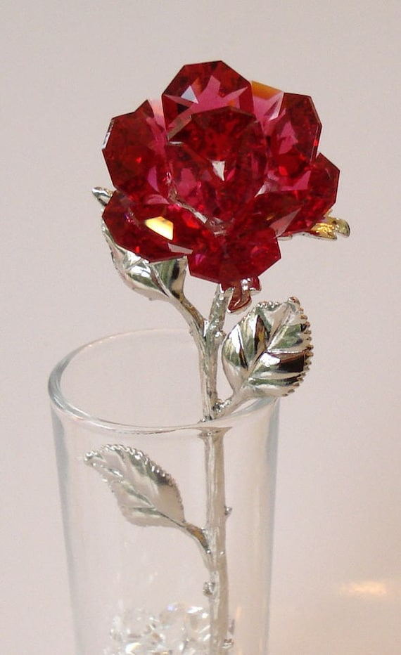 Red Crystal Rose Made Using Swarovski Crystal In Glass Vase Etsy