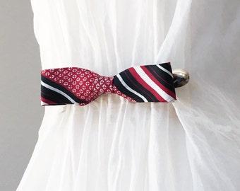 Silk Bow Tie Cinch Clip