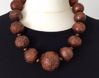 Copper textured beaded necklace