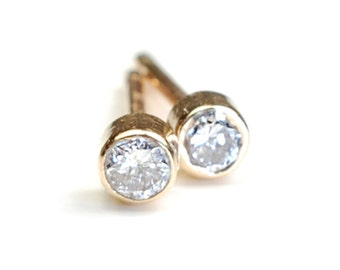 Diamond and Gold Stud Earrings, Diamond Earrings, Diamond Stud Earrings, Minimal Style,  .10 ct, Nixin