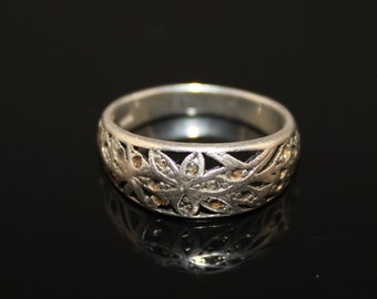 Sterling Silver Floral Ring Ladies Band Ring Open Work Size 7