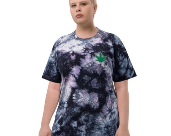 Embroidered Cannabis Leaf Oversized tie-dye t-shirt
