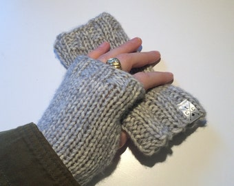 Women's Superfine Fingerless Mitts