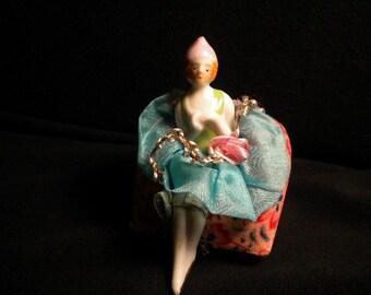 Precious Seated China Doll with Ribbonwork (FFs1146)