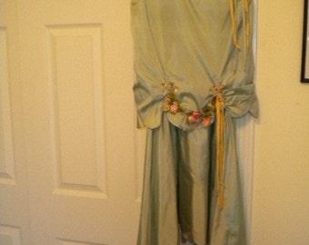 Ribbonwork Antique Light Green Dress  - MUSEUM QUALITY (FFsd9006)