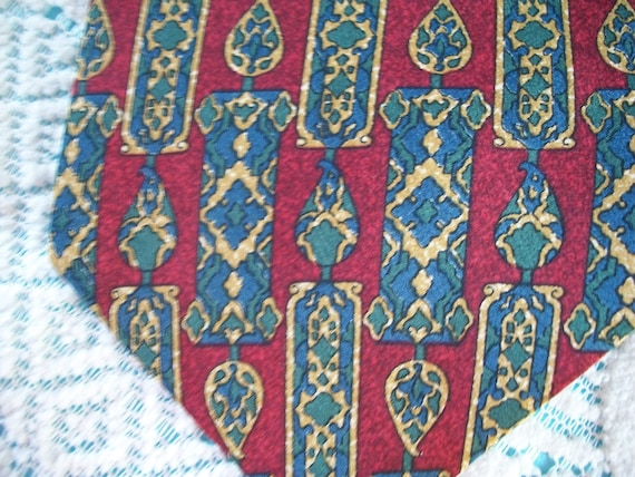 Metropolitan Museum of Art Red, Blue, Gold Silk Necktie, silk, Made in Canada, Gift for him, craft supply, classical look, treat