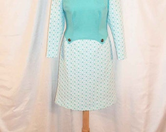 Vintage 1960s Turquoise and White Textured Polyester Print Long Sleeve Shift Dress