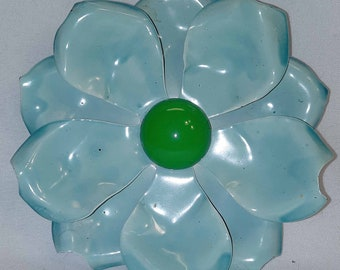 1960s Mod Flower Power Large Variegated Enameled Metal Turquoise with a Green Center Flower Brooch