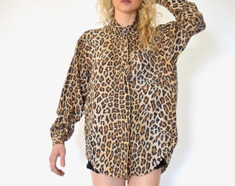 80s African Safari Leopard Cheetah Print Silky Button Up Oversized Blouse s m