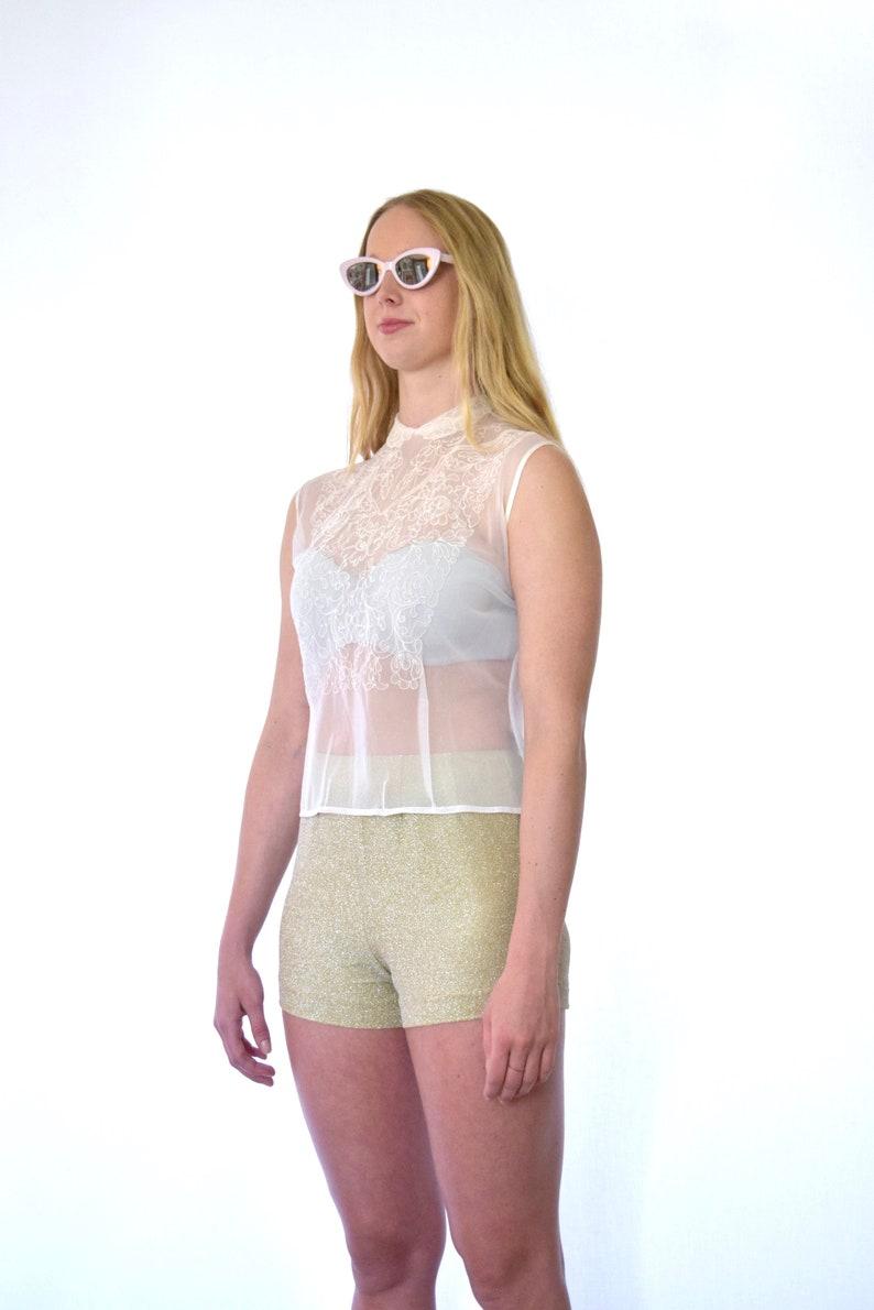 50s Sheer White Nylon Embroidered Sleeveless Peter Pan Collar Blouse s m