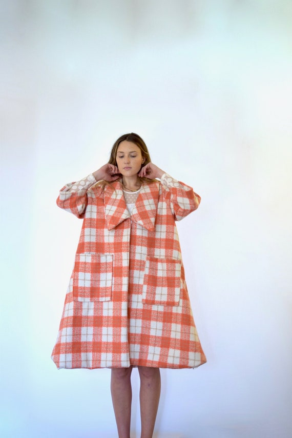 50s Red White Oversized Plaid Print Trapeze Blanke
