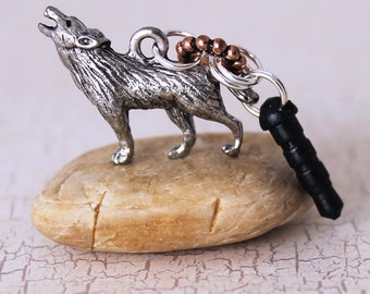 Wolf Dust Plug - Howling Wolf, Woodland Animal Headphone Jack Charm, 3D Pewter Charm, Cell Phone Charm, Smartphone Accessory