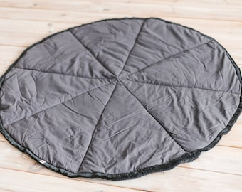Grey Play Mat for Teepee with Fringes: Round Floor rug from 100% Cotton