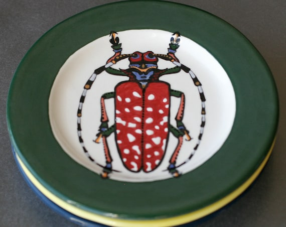 BUG OUT WARE Salad Plate-Polka Dot Prince Horned Beetle
