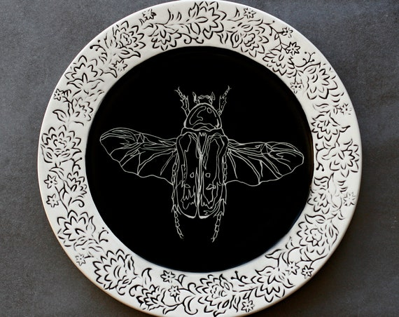 BUG OUT WARE Reverso Flying Beetle Dinner Plate