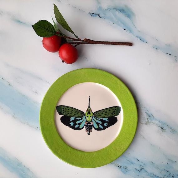 BUG OUT WARE Dinner Plate: Flying Green Goddess