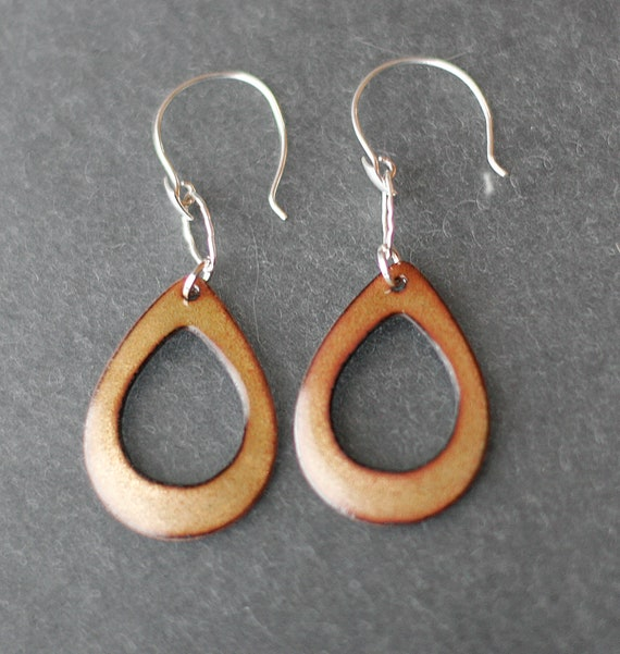 Dangly Golden Open Teardrop Basse-Taille Enamel Earrings
