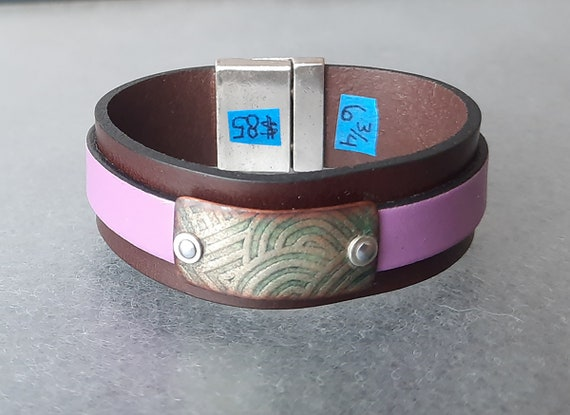 COLOR POP! Geometry of Satisfaction Leather & Basse-Taille Enamel Bracelet