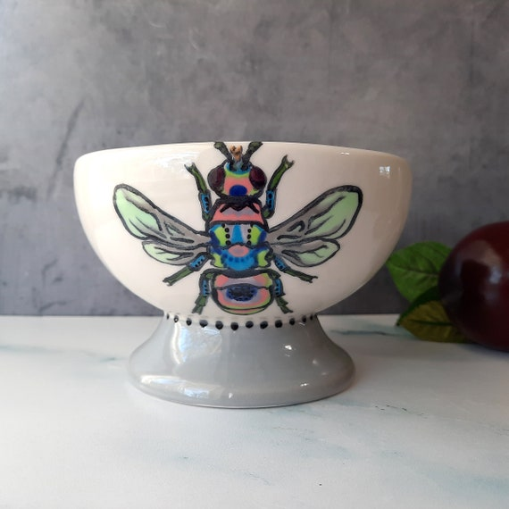 BUG OUT WARE Footed Bowl: Psychedelic Bee Goes to Disco