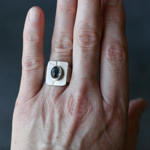 Sterling Silver Leaf Pattern Ring with Black Tourmilated Quartz