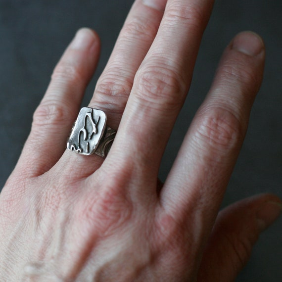 White Copper French Text & Pattern Ring