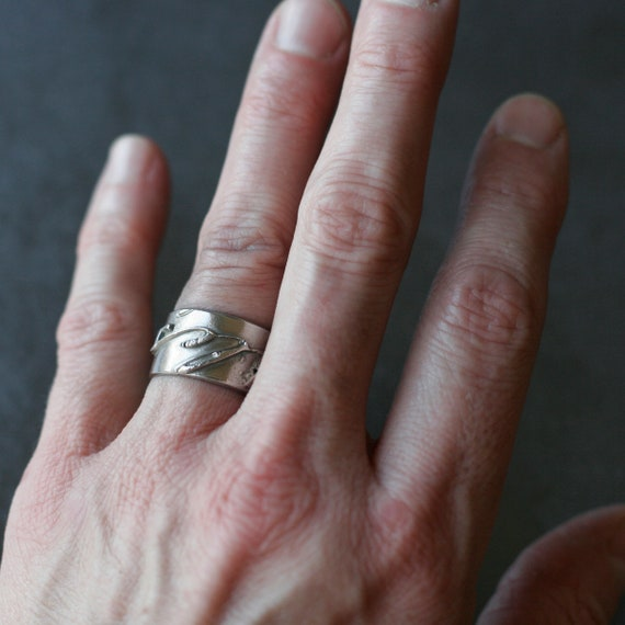 White Copper French Text Ring