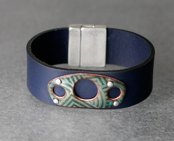 Geo Shadow Circles Enamel & Leather Bracelet