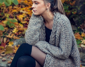 KNITTING PATTERN - Dreamy Weave Cardigan - Relaxed Fit - Oversized - Written English and French Pattern - Direct Download PDF