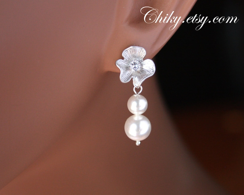 delicate simple Sterling Silver wedding bridal jewelry gift Small flower with 2 freshwater pearl earrings dainty earrings