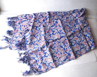 1950s Mens Rayon Paisley Fringed Scarf - Rust-Red White Blue Black Foulard Print