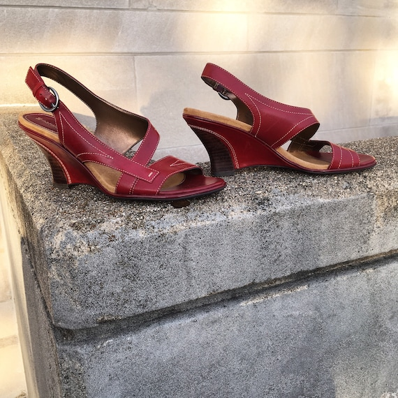 Vintage 90s does 70s Naturalizer Burgundy Red Pla… - image 1