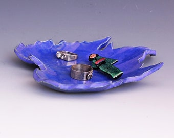Ceramic Leaf Slab Trinket Dish - Candy Dish - Ring Dish - Pocket Change - Key Dish