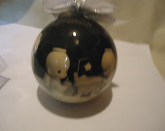 Vintage 1994 Precious Moments Christmas Ornament by Enesco, collectable