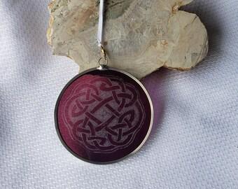 Grape Purple Glass Celtic Suncatcher