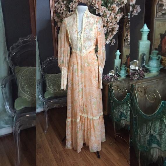 1970s Prairie Rennaisance Dress Gunne Sax Style - image 8