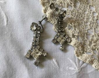 Vintage 1960's Rhinestone Drop Screw Back Earrings, Rhinestone Bridal Earrings, Bridal Jewelry, Retro Bride
